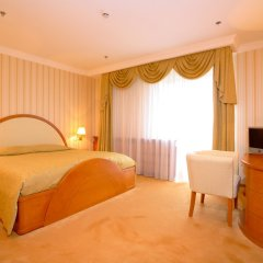 Гостиница Амбассадор комната для гостей