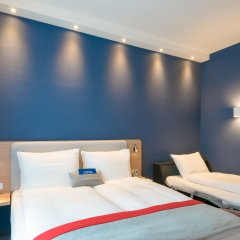 Отель Holiday Inn Express Munich City West комната для гостей фото 5
