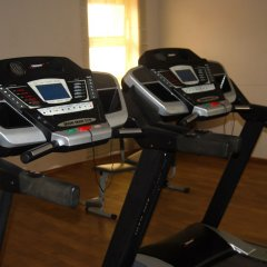 Отель Grand Inn & Suites фитнесс-зал