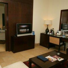 Отель Radisson Blu Tala Bay Resort, Aqaba удобства в номере фото 2