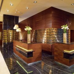 Отель Berlin Marriott Hotel Германия, Берлин - 3 отзыва об отеле, цены и фото номеров - забронировать отель Berlin Marriott Hotel онлайн интерьер отеля фото 2