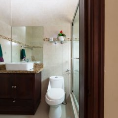Апартаменты New Kingston Guest Apartment at Inglaterra I ванная фото 2