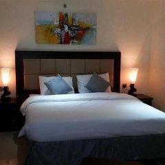 Отель Royal Falcon Дубай сейф в номере