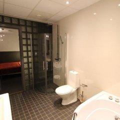 Отель Stockholm Inn Hotell Швеция, Стокгольм - 1 отзыв об отеле, цены и фото номеров - забронировать отель Stockholm Inn Hotell онлайн ванная