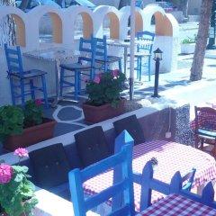 Отель Villa Kamari Star гостиничный бар