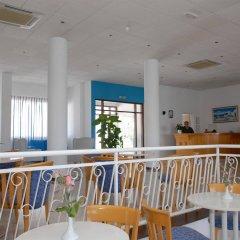 Отель Maistros Hotel Apartments Кипр, Протарас - отзывы, цены и фото номеров - забронировать отель Maistros Hotel Apartments онлайн гостиничный бар