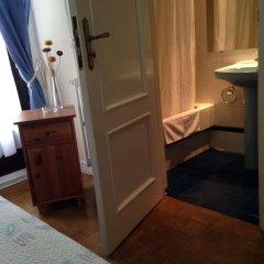 Отель Hostal Aresol Испания, Мадрид - отзывы, цены и фото номеров - забронировать отель Hostal Aresol онлайн удобства в номере