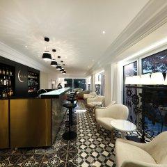 Отель Iberostar Grand Portals Nous - Adults Only гостиничный бар