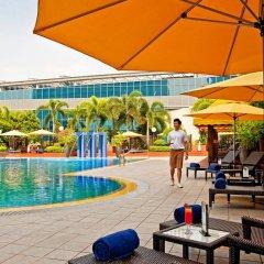 Отель PARKROYAL COLLECTION Marina Bay Сингапур бассейн фото 3