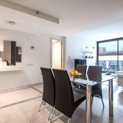 Отель Rent Top Apartments Beach-Diagonal Mar Испания, Барселона - отзывы, цены и фото номеров - забронировать отель Rent Top Apartments Beach-Diagonal Mar онлайн комната для гостей