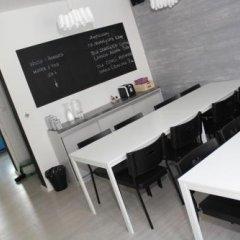 Отель Soda Hostel & Apartments Польша, Познань - отзывы, цены и фото номеров - забронировать отель Soda Hostel & Apartments онлайн с домашними животными