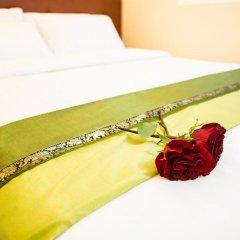 Отель City Grand Мале сейф в номере