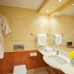 Отель TUI Family Life Kerkyra Golf Греция, Корфу - отзывы, цены и фото номеров - забронировать отель TUI Family Life Kerkyra Golf онлайн ванная
