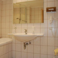 Hotel Tyrol Хохгургль ванная фото 2