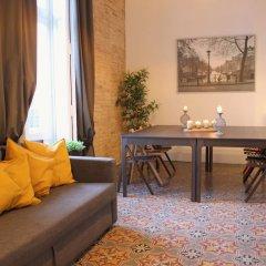 Апартаменты Art Boutique Colon Apartments интерьер отеля