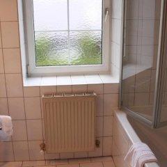 Отель Josefa Австрия, Зальцбург - отзывы, цены и фото номеров - забронировать отель Josefa онлайн ванная фото 2
