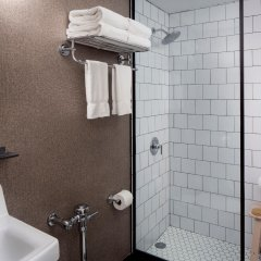 Redford Hotel ванная