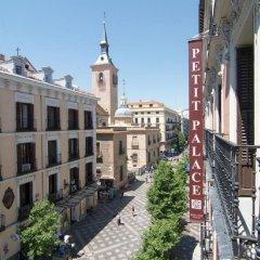 Отель Petit Palace Arenal Sol Испания, Мадрид - 1 отзыв об отеле, цены и фото номеров - забронировать отель Petit Palace Arenal Sol онлайн балкон