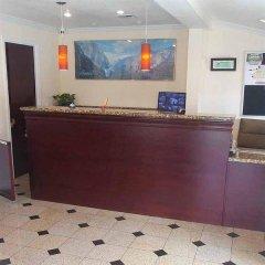 Отель Holiday Motel Oakdale интерьер отеля фото 3