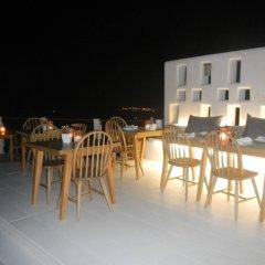 Отель Rocabella Santorini Hotel Греция, Остров Санторини - отзывы, цены и фото номеров - забронировать отель Rocabella Santorini Hotel онлайн гостиничный бар