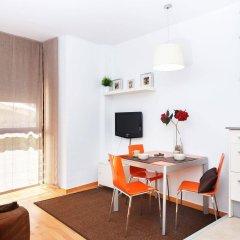 Апартаменты Feelathome Poblenou Beach Apartments Барселона комната для гостей фото 2