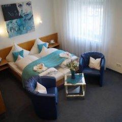 Отель Kolbl Германия, Унтерхахинг - отзывы, цены и фото номеров - забронировать отель Kolbl онлайн комната для гостей фото 5