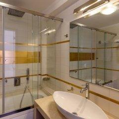 Отель La Mer Deluxe Hotel & Spa - Adults only Греция, Остров Санторини - отзывы, цены и фото номеров - забронировать отель La Mer Deluxe Hotel & Spa - Adults only онлайн ванная фото 2