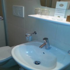 Hotel Schonbrunn Меран ванная фото 2