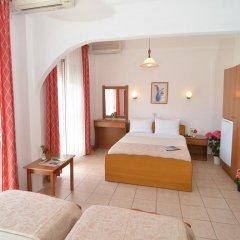 Triada Hotel комната для гостей