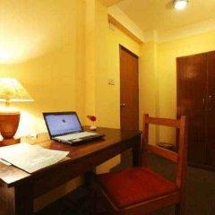 Отель Royal Astoria Hotel Непал, Катманду - отзывы, цены и фото номеров - забронировать отель Royal Astoria Hotel онлайн удобства в номере