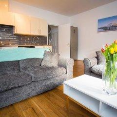 Отель Celebrity Apartments Великобритания, Брайтон - отзывы, цены и фото номеров - забронировать отель Celebrity Apartments онлайн комната для гостей фото 5