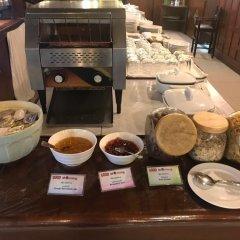 Rayaburi Hotel Patong Пхукет питание фото 3