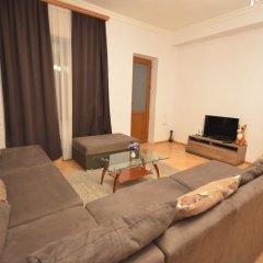 Отель on Kotetishvili 3 ap 4 Грузия, Тбилиси - отзывы, цены и фото номеров - забронировать отель on Kotetishvili 3 ap 4 онлайн комната для гостей фото 2