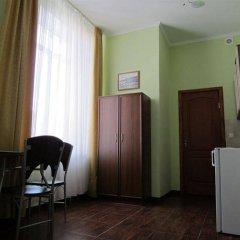 Гостиница Мини-Отель Анна в Ялте 9 отзывов об отеле, цены и фото номеров - забронировать гостиницу Мини-Отель Анна онлайн Ялта удобства в номере фото 2