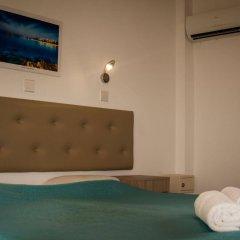 Pambos Napa Rocks Hotel - Adults Only сейф в номере