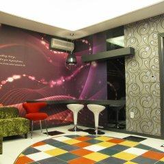 Отель Life Hotel Южная Корея, Сеул - отзывы, цены и фото номеров - забронировать отель Life Hotel онлайн гостиничный бар