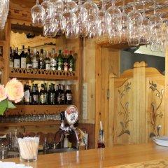 Отель Pensjonat Zakopianski Dwór гостиничный бар