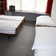 Отель Hostel Casa Franco Швейцария, Санкт-Мориц - отзывы, цены и фото номеров - забронировать отель Hostel Casa Franco онлайн комната для гостей фото 3