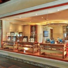Отель Maradiva Villas Resort and Spa интерьер отеля фото 2