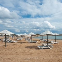 Dome Beach Hotel and Resort пляж фото 2