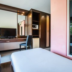 Ratana Apart Hotel at Chalong удобства в номере фото 2