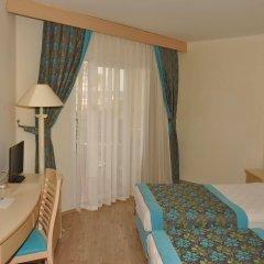 Отель Aska Just In Beach – All Inclusive комната для гостей фото 2