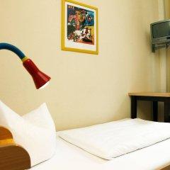 Отель acama Hotel & Hostel Kreuzberg Германия, Берлин - 1 отзыв об отеле, цены и фото номеров - забронировать отель acama Hotel & Hostel Kreuzberg онлайн комната для гостей фото 3