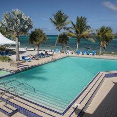 Отель All Inclusive Divi Carina Bay Beach Resort & Casino бассейн