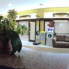 Отель Las Palmeras интерьер отеля