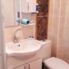 Отель Homelife Suites ванная фото 2