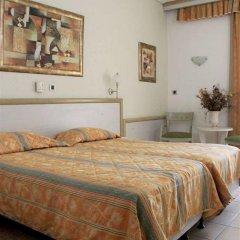 Hotel Platon комната для гостей