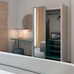 Hotel Rainbow Римини сейф в номере
