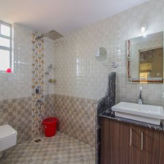 Отель OYO 12866 Home Luxurious Stay Dabolim Гоа ванная