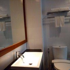 Отель Grand Whiz Nusa Dua Бали ванная